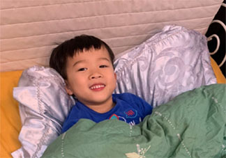 儿子到了分床期不想自己睡怎么办 孩子几岁分床睡比较好