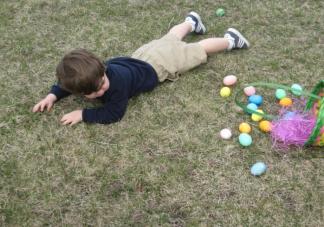孩子每天摔倒几次是正常的 孩子总摔倒可能是什么问题