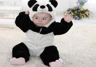 冬季孩子手脚冰凉就是觉得冷吗 冬天怎么给宝宝穿衣合适