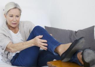 中老年人经常腿抽筋怎么改善 中老年容易腿抽筋一定是缺钙吗