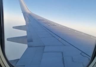 关于飞机延误心情说说 坐飞机晚点朋友圈文案