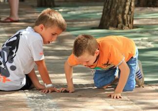 孩子调皮做错事如何做到不发火 孩子调皮不听话如何处理