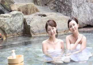 什么时候泡温泉是最合适的 饭后办小时可以泡温泉吗
