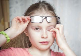 近视长时间不戴眼镜会怎么样 近视后不戴眼镜会有什么并发症