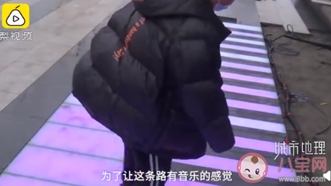 杭州能弹出钢琴曲的人行道在哪 孩子学钢琴有哪些好处