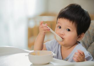 小朋友晚上吃饭要吃七八分饱吗 宝宝合理饮食的建议