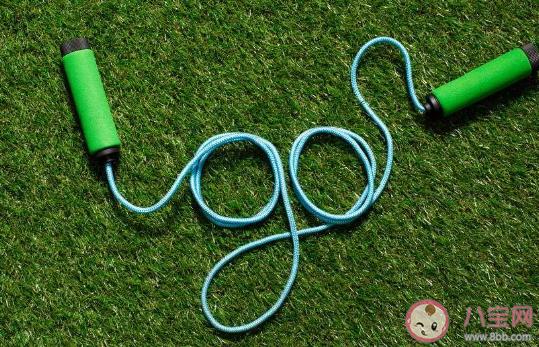 跳绳减肥一天跳多少个才有效 一分钟多少个有减肥效果