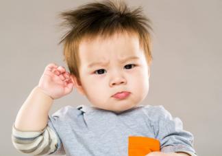 宝宝脱发是正常现象吗 宝宝头发护理法则