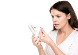 人一年要掉多少头发 日常护理如何减少脱发