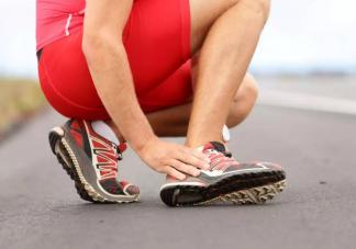 崴脚后第一时间应该怎么处理 运动怎么预防崴脚