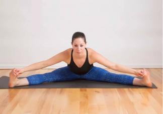 用保鲜膜裹腿真的可以瘦腿吗 哪些运动动作可以帮助瘦腿