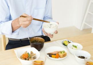 男人经常熬夜吃什么补身体最好的 经常熬夜要多吃哪些食物