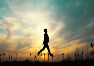 如何治愈自己的空心症结 怎么让生活过得充实且有趣
