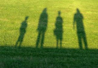 童年成长环境对人影响有多大 怎么给孩子一个美好的童年环境