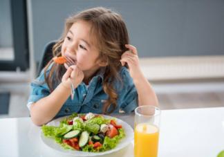 孩子不爱吃蔬菜能多吃水果代替吗 怎么让孩子接受吃蔬菜