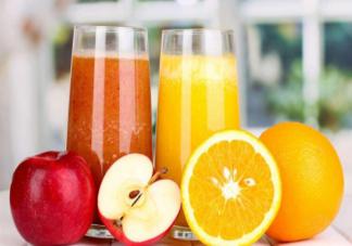 鲜榨果汁和复原果汁哪个更健康 喝果汁还不如直接吃水果