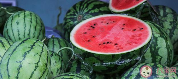 【万爱娱】切开的隔夜西瓜放冰箱还能吃吗 切开的西瓜如何保存新鲜健康