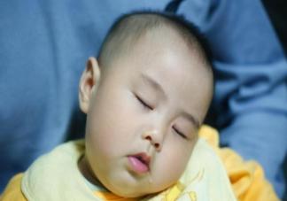 孩子晚上睡觉流口水多正常吗 睡觉流口水和不流口水有什么区别