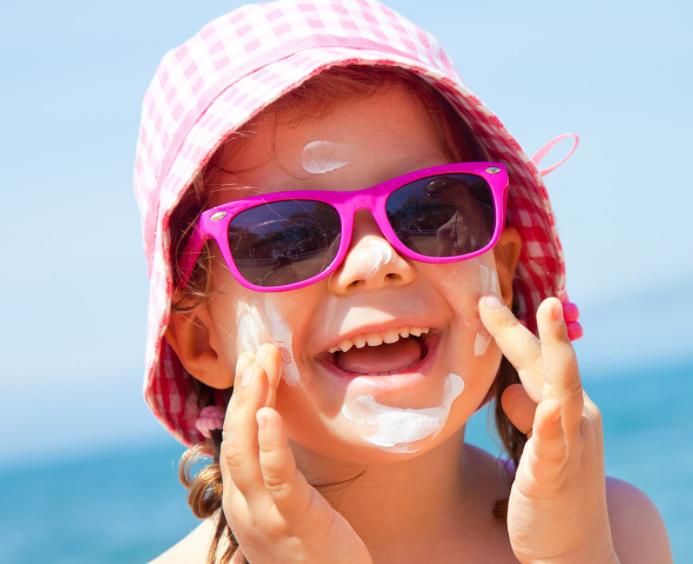 6个月以上婴幼儿可使用儿童防晒霜 婴儿防晒霜该怎么选