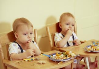 不同年龄段儿童饮食建议 孩子不好好吃饭怎么应对引导