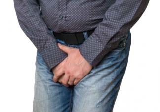 尿得越远性能力越强吗 尿的远近和什么因素有关