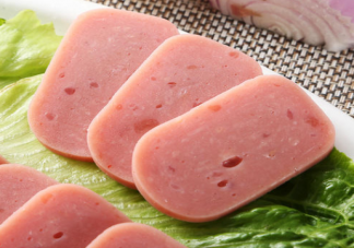 火腿肠午餐肉是垃圾食品吗 火腿肠和午餐肉有什么区别