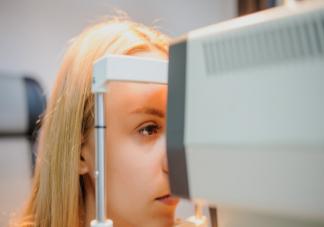 孩子用快速散瞳好还是用慢速散瞳好 散瞳验光后能直接配眼镜吗