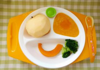 孩子辅食是先吃水果还是先吃蔬菜 孩子辅食要一种一种的添加吗